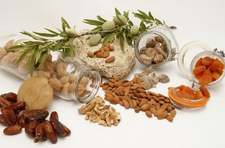 Choosing the Best Dried Fruit For Weight Loss